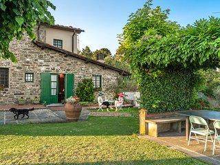 "Romantic House ""il giardino degli olivi"""