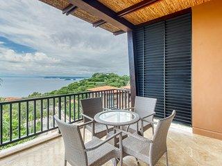 Beautiful condo w/breathtaking ocean & mountain views and shared pool!