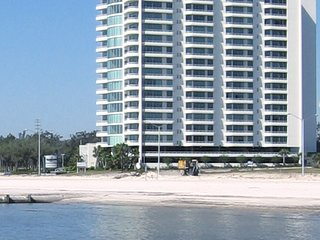 September $117 night   AFFORDABLE LUXURY Biloxi Beach Ocean Club Tower by Casino