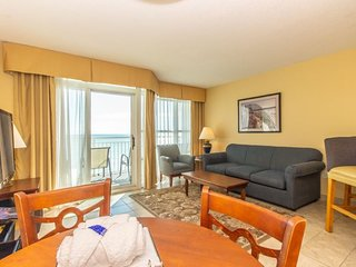 Oceanfront  Suite at the Carolinian Sleeps 6~Carolinian 731