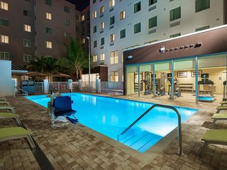 FREE Airport Shuttle to MIA, On-Site Bar, Complimentary Breakfast + Pool Access!