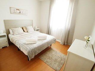 Sants Tarradellas Apartments