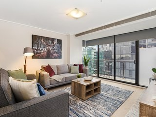 Luxe 2-Bed Apartment with River Views Near Casino