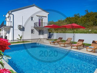 Nice home in Selce w/ WiFi and 5 Bedrooms (CKA220)