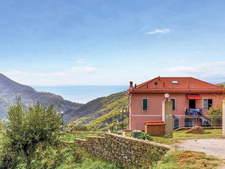 "Nice home in Localita""Bracco (GE) w/ WiFi and 3 Bedrooms (ILL602)"