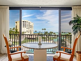 CT 2347 Ocean & Pool View Condo - Welcome to Paradise