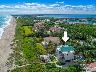 Chateau de la Mer: 9BR/6BA Beachfront Estate w/ heated POOL, elevator & more!
