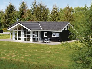 Beautiful home in Oksbøl w/ Sauna, WiFi and 4 Bedrooms (P42021)
