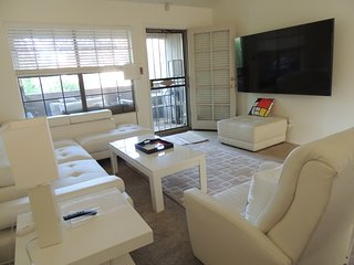 Contemporary Scottsdale Condo - 2 BR
