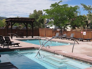 Year round hot-tub and seasonal pool - open 6 am to 10 pm
