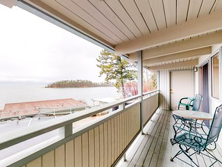 Adjoining lakefront condos w/shared docks & boat slip, jetted tub, & more!