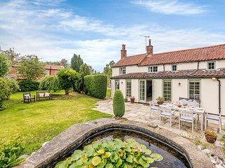 Broad Cottage