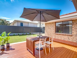 3 Hope Street - Fabulous Location Near the Beach, Lake, Playground and Encounter