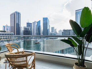 1BR Tranquil Space with Incredible Marina Views!