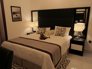 Roma Giovanni Boutique Suites Luxury Two Bedroom Furnished Apartment 1219