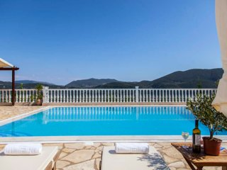 Lovely Two-Bedroom Dream Apartment With Pool and Sea View in Vasiliki, Lefkada