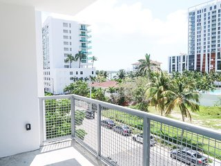 Edgewater-Wynwood-Midtown 2 bed 2 bath Cozy apt