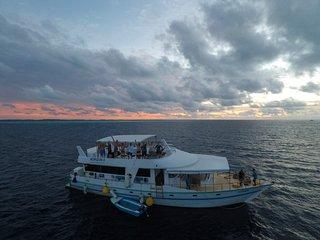 Maldives Horizon