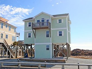 New River Inlet Rd 1316 Oceanfront! | Internet, Fireplace