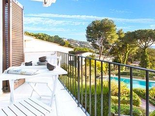 Llafranc Apartment Sleeps 4 with Pool - 5821099