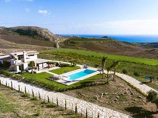 Eraclea Minoa Villa Sleeps 10 with Pool Air Con and WiFi - 5821165