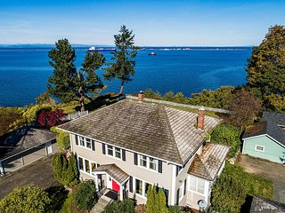 Port Angeles Colonial Home w/ Waterfront Views!