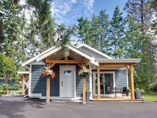 Water, Wine, Wonderful....Welcome to the Wooden Nickel Cabin!