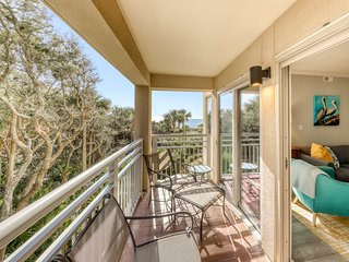 Newly renovated! Spacious waterfront condo just steps to the beach!