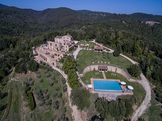 Villa Astro 16 - Country villa near Siena with swimming pool