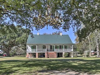 NEW!  'Antonia Plantation' - 1800s Creole Cottage
