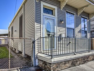 NEW! Broad St. Bungalow, 1.5 Mi to French Quarter!