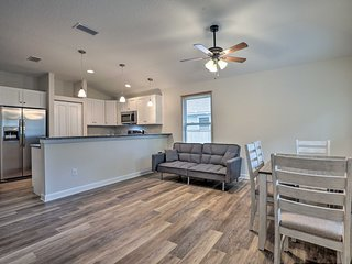 Family Friendly Home 3 Mi to Downtown St Augustine
