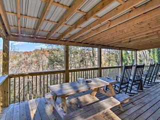 'Nature's Retreat' 7 Mi to Cherokee & Bryson City!