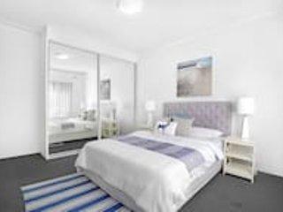 #7 Ocean View South Pacific Apartment, location de vacances à Arncliffe