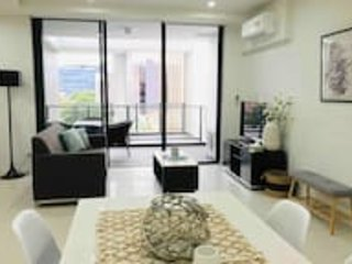 403 2 Bedroom in Kalina Serviced Apartments, casa vacanza a Casula