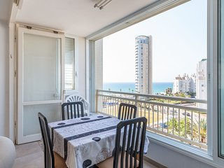 Charming 3bdr apt with sea view #B5