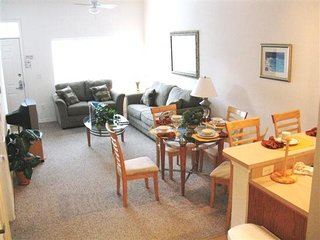 Beautifully Located Vacation Rental Townhome in Venetian Bay - Only 6 Miles to D