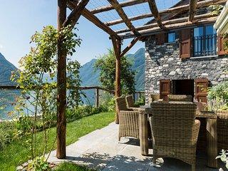 Modern Villa on Lake Como