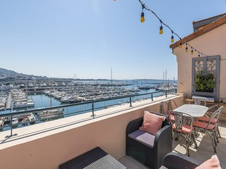 Quai St Pierre Stunning 5* Duplex balcony - Breathtaking view on old harbor