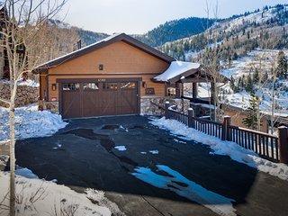 Luxury mountain view home w/ private hot tub, sauna, elevator & ski shuttle!