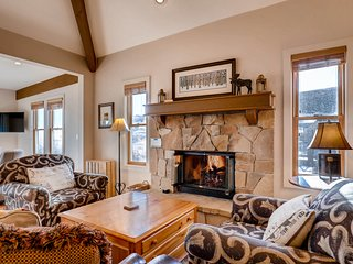 Mountain View townhome near Park City Mountain Resort w/ a bonus sleeping area!