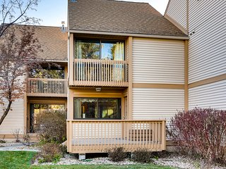 Three-story Park City townhome w/ mountain views & an added loft!