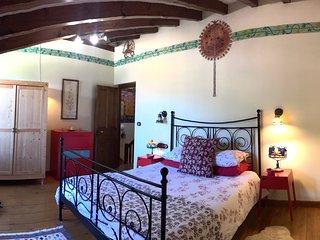 Arboles, La Casa de las Chimeneas