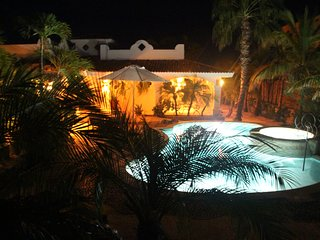 Casa Mariposa - Pure Luxury Beach Front Villa with Pool and Hot Tub