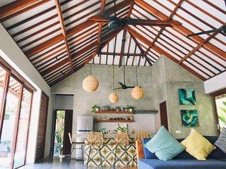 Villa Alba - 2 bedroom private pool villa in Kuta Lombok