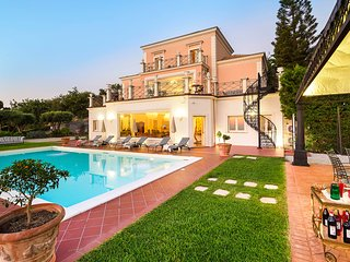 5 bedroom Villa with Pool, Air Con and WiFi - 5821656