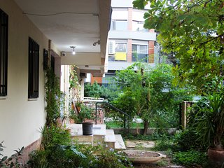 Private Mini-Apartment with Garden in Bostanlı