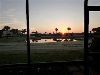 OV 318 Pond/Golf Course View Condo-Welcome to Paradise