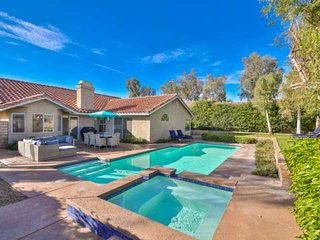 Gorgeous Private Home! Sparkling Pool & Spa - Mountain Views - Walk to Indian We