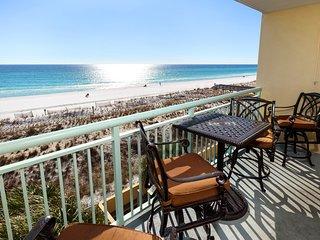 Pelican Isle Resort, Unit 308